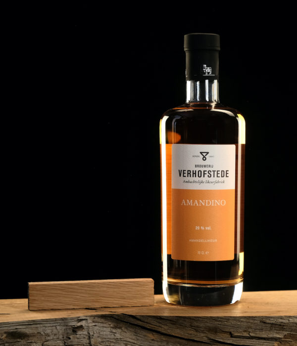 Likeur-Verhofstede-Amandino-fles