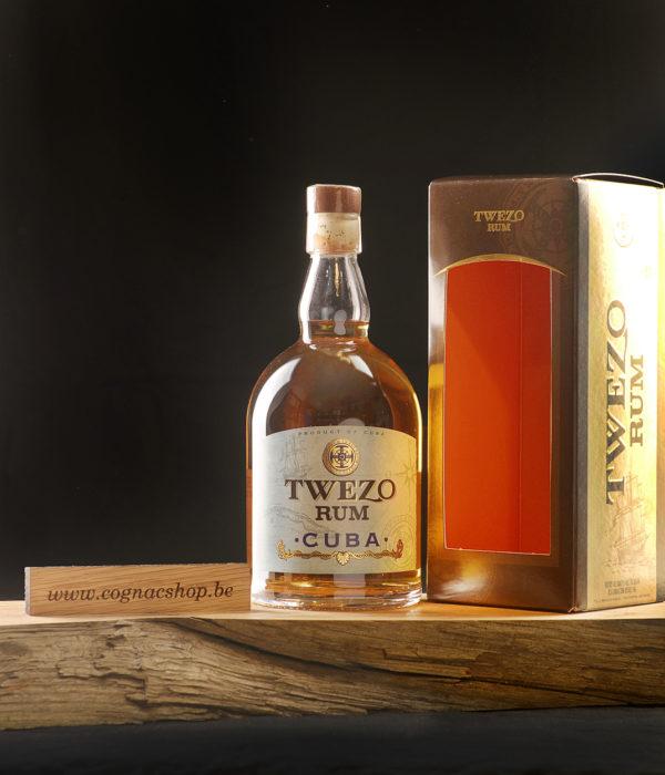 Rum-Maxime-Trijol-Twezo-Cuba-700ml-fles-box